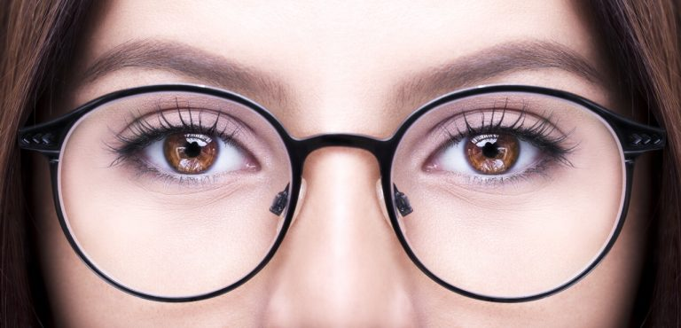 When to wear glasses after rhinoplasty