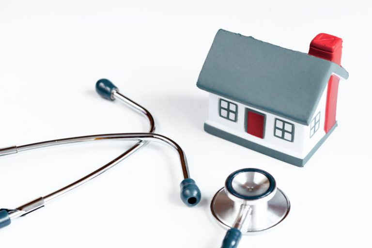 The Value of Family Home Doctors For Elderly Impaired Patients